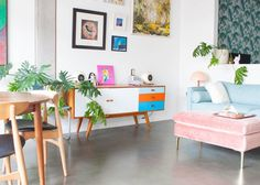 A Candy-Colored Seattle Studio Before she started decorating the small studio apartment she owns, Su Japanese Home Decor, Asian Home Decor, Japanese Interior, Japanese House, Luxury Home Decor, Home Design, Design Design, Small Space Living, Small Spaces