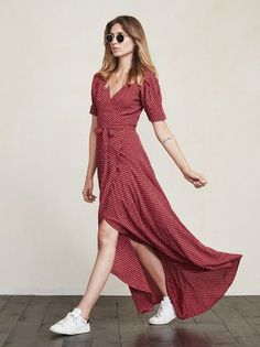 You know those long, lovely dresses you can put on and instantly feel amazing in with zero effort? The Lochness Dress is one of those. https://www.thereformation.com/products/lochness-dress-coogee?utm_source=pinterest&utm_medium=organic&utm_campaign=PinterestOwnedPins