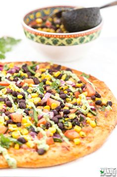 Inspired by CPK's Spicy Chipotle Pizza, this vegetarian pizza is topped with Black Bean & Corn Salsa and Cilantro Lime Crema! Mushroom Pizza Recipes, White Pizza Recipes, Chicken Pizza Recipes, Veggie Recipes, Cooking Recipes, Veggie Meals, Italian Recipes, Dinner Recipes, Best Pizza Dough