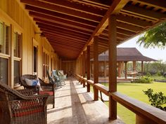 Now this is a front porch!  walker warner hawaii house 18 ; Gardenista