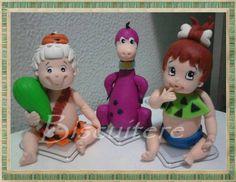 Pedrita, Bambam e Dino, trio da pesada, para enfeitar seu bolo de aniversário e alegrar sua festa.