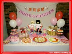 Bear-Hugs-and-Kisses-Valentines-Day-Party.jpg (595×446)