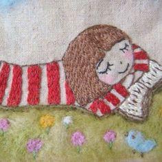 刺繍*読書?昼寝? 原っぱでまったりの おかっぱちゃん 読んでいるのか 寝てるのか 原っぱは、羊毛フェルトです。 #刺繍 #手作り #ステッチ #オリジナル #ハンドメイド #さをり #ポーチ #handmade #イラスト #はりねずみ #刺し子 #アップリケ #embroidery #カラーリネン #handwork #羊毛フェルト #おかっぱちゃん