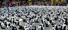 Imagine being surrounded by 1600 cute Pandas! That would be unreal ; ) But these are unreal. They're French artist Paulo Grangeon sculptures (papier-mâché ; ) distributed in Taipei square! What for?! An environmental activist installation ; ) 1 Panda for each one left living in the wild!! - isn't that a wild concept ; ) • conceived in 2008 by WWF as Pandas World Tour, starting in Taipei in 2014-04