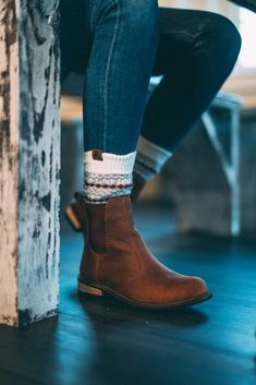 Cute Fall Outfits, Winter Fashion Outfits, Fall Winter Outfits, Fashion Boots, Autumn Fashion, Winter Boots For Women, Womens Fall Shoes, Cute Fall Clothes, Winter Clothes Women