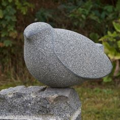 Skulptør Jens Ingvard Hansen udfører Skulpturer i klassiske materialer Stone Sculpture, Art Sculpture, Pottery Sculpture, Abstract Sculpture, Ceramic Birds, Ceramic Animals, Ceramic Art, Art Pierre, Soapstone Carving