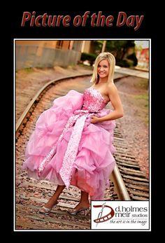 Sr picture @ railroad track