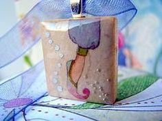 How to Make Scrabble Tile Jewelry thumbnail
