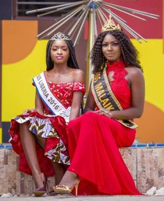 ((Swipe Right)) African Queens: While in Ghana, Miss Liberia Wokie Dolo 2017 and Miss Malaika Ghana 2016/17 did a shoot together and they look stunning!  Our email: liberianstarsviewmag@gmail.com #africanqueens #lappaprints #lsvmagazine Star View, Liberia, Ghana, Countries, Queens, Sari, African, Wonder Woman, Culture