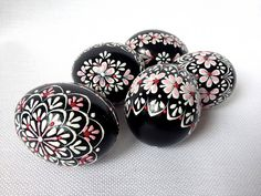 Items similar to Set of 5 Black Hand Decorated Colours Painted Chicken Easter Egg, Traditional Slavic Wax Pinhead Chicken Egg, Kraslice, Pysanka on Etsy Easter Egg Designs, Easter Peeps, Chicken Eggs, Farm Chicken, Coloring Easter Eggs, Egg Art, Egg Decorating, Easter Crafts, Christmas Ornaments