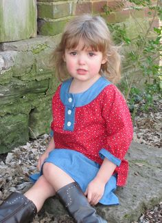 Beautiful Flower Top Pattern & Tutorial  would like to make it all in same fabric