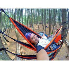 Udah musim hujan kok udara rasanya panas banget ya semoga segera hujan lagi (ben tandurane jagung simbah ora garing)  #hammock #adventure #gopro #selfie #live #life #love #hammocklife #nature #freedom #hero4 by @koyonprks