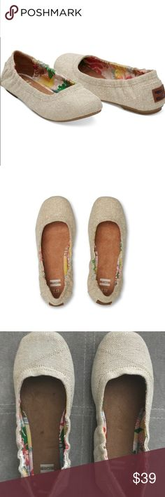 Toms ballet shoes Toms Kids Ballet Flat Casual Shoe. 3.5 med but fits like an adult size 5. Worn once. Very good condition and comfortable. Toms Shoes Slippers