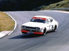 Jackie Stewart and Emerson Fittipaldi tackled the 1973 GP De Tourenwagen at the Nurburgring in this Ford Capri Could you imagine Seb and Fernando doing a touring car race together today? Ford 2000, Ford Rs, Car Ford, Ford Capri, Ford Motor Company, Vintage Racing, Vintage Cars, Retro Cars, Sport Cars