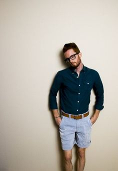 This may not be your style but for the summer you might want to consider some variation of it. Club Monaco Shirt, Old Navy Shorts, Urban Outfitters Belt, Zumiez Glasses. Style Casual, Men Casual, Smart Casual, Classy Casual, Man Style, Simple Style, Fashion Moda, Mens Fashion, Street Fashion
