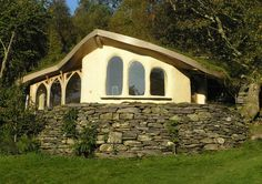 cob house designs | Cae Mabon, Snowdonia, Wales Cob Cottage 2 – Jeffrey the Natural ...