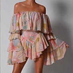 Mode Outfits, Fashion Outfits, Womens Fashion, Ladies Fashion Dresses, Latest Fashion Clothes, Pretty Dresses, Beautiful Dresses, Mode Instagram, Instagram Shop