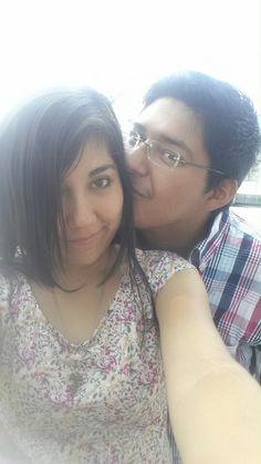 El amor de mi vida, el hombre que siempre soñé y ahora lo tengo a mi lado y no pienso soltarlo jamás. Ahora mi corazón te pertenece Quiroz. Te amo Alberto.