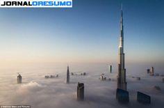 IMAGEM DA SEMANA : Prédios em Dubai acima das nuvens