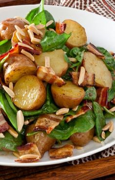 Low FODMAP and Gluten Free Recipe - Chicken, spinach, bacon & new potato salad - http://www.ibssano.com/low_fodmap_recipe_spinach_bacon_new_potato_salad.html