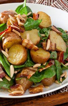 Low FODMAP and Gluten Free Recipe - Chicken, spinach, bacon & new potato salad - http://www.ibssano.com/low_fodmap_recipe_spinach_bacon_new_potato_salad.html