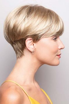 "How to style the Pixie cut? Despite what we think of short cuts , it is possible to play with his hair and to style his Pixie cut as he pleases. For a hairstyle with a ""so chic"" and pointed… Continue Reading → Short Hairstyles For Thick Hair, Short Pixie Haircuts, Short Hair Cuts For Women, Curly Hair Styles, Natural Hair Styles, Curly Pixie, Wedge Bob Haircuts, Short Wedge Haircut, Long Pixie"