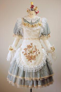 Hello Kitty Wonderland costume