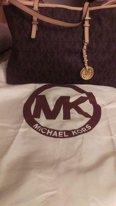 6a5b6d0b7340 Official Michael Kors Tote Bag #MichaelKors #TotesShoppers Michael Kors Tote  Bags, Mk Purse