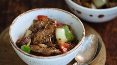 Beef, garlic and pepper go fantastically together in any cuisine. The garlic and pepper sauce in this weeknight stir-fry does double duty both as a meat marinade and as a sauce for the finished dish.