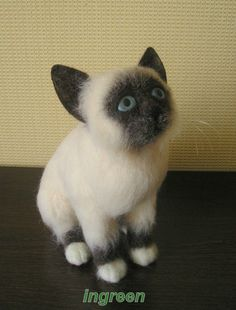 felted cat by ingreen
