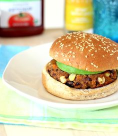 Sweet Potato & Black Bean Burgers: super easy to make and ready in less than thirty minutes from start to finish.
