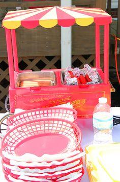 Decor: hot dog station