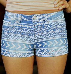 Tribal print shorts.... sooooooooooooo cute!