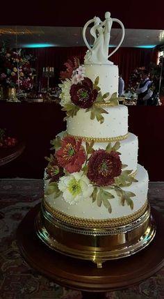 Bolo casamento Marsala Cake, Desserts, Food, Wedding Event Planner, Tailgate Desserts, Deserts, Kuchen, Essen, Postres