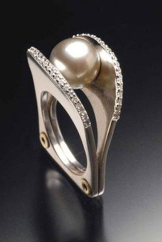 Ring | Ivan Sagel.  Tahitian pearl and diamonds