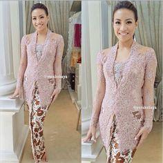 Dress Brokat Modern, Kebaya Modern Dress, Kebaya Dress, Vera Kebaya, Batik Kebaya, Batik Dress, Kebaya Jawa, Model Kebaya Modern, Indonesian Kebaya
