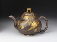 Teapot  Japan, 1865-1875  The Victoria & Albert Museum