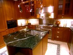 """Love this kitchen from """"4 Updates Every Home Seller Must Do"""" : HGTV FrontDoor Real Estate"""