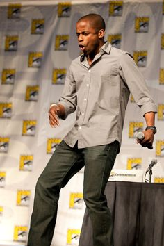 Psych cast takes over Comic-Con