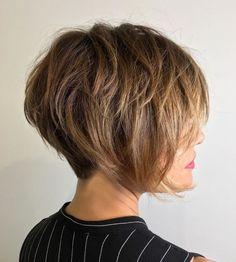 Long Undercut Pixie With Bangs Short Choppy Haircuts, Pixie Bob Haircut, Pixie Haircut For Thick Hair, Longer Pixie Haircut, Cute Hairstyles For Short Hair, Hairstyles Haircuts, Short Hair Cuts, Short Hair Styles, Pixie Haircuts
