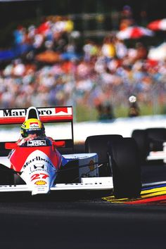 I want to be a Formula 1 driver so bad! Racer for Life! San Marino Grand Prix, 24 Hours Le Mans, Malboro, Mclaren F1, F1 Drivers, F1 Racing, Vintage Racing, Motor Car, Motor Sport