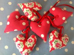 Heart garland in cath kidston fabrics   by patchwork and lace