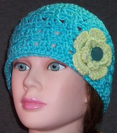 free beanie and flower pattern