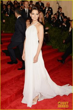 Katie Holmes is white hot on the red carpet at the 2013 Met Gala held at the Metropolitan Museum of Art on Monday (May 6) in New York City.    The 34-year-old actress…