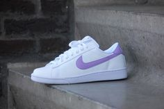 Sneakers femme - Nike tennis classic au swoosh lilas