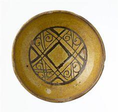 Bowl. Paris, musée du Louvre.  Byzantine.