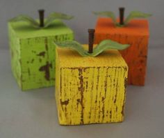 DIY Fruit Decor Check out all these great ideas to make DIY Fruit Decor for your home. - DIY Fruit Decor - Organize and Decorate Everything 2x4 Crafts, Wood Block Crafts, Scrap Wood Projects, Primitive Crafts, Wooden Crafts, Diy Projects To Try, Woodworking Projects, Primitive Country, Fall Projects