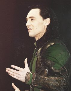 What do you say? We love loki? It's a good sentence because I'm lokiiiiii the king of Asgar