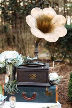 24 Music-Inspired Wedding Ideas That Will Hit a High Note with Your Guests wedding theme 24 Music-Inspired Wedding Ideas That Will Hit a High Note with Your Guests Vintage Wedding Photos, Vintage Wedding Theme, Gatsby Wedding, Rustic Wedding, Dream Wedding, Vintage Weddings, Victorian Wedding Decor, Spring Wedding, Wedding Shot