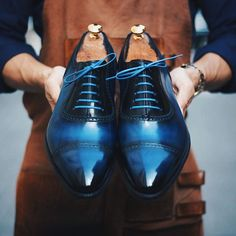 Say goodbye to Monday blues with this luxurious pair of deep blue patina leather shoes! #septièmelargeursg